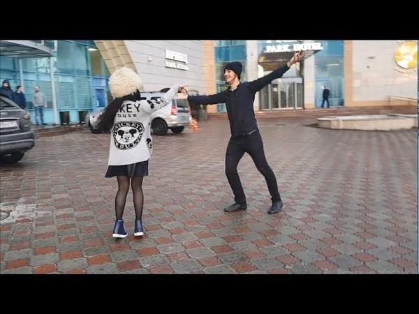 Девушка И Парень Танцуют Очень Красиво В Москве 2019 Чеченская Лезгинка На Русском ALISHKA AIDA