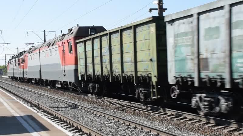 Электровоз ВЛ80С-120 с перегоняемым 2ЭС6-472 Синара