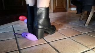 Italian girlfriend - Ankle boots balloon crush and pop