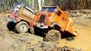 Радиоуправляемые машины в грязи 4х4 поспорили с 6х6 грузовиком