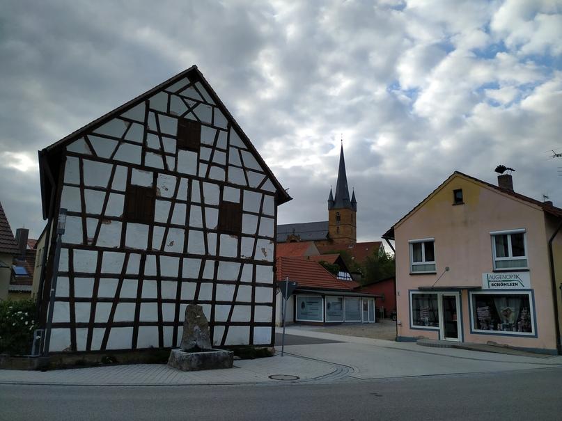 Архитектура при входе в Литцендорф