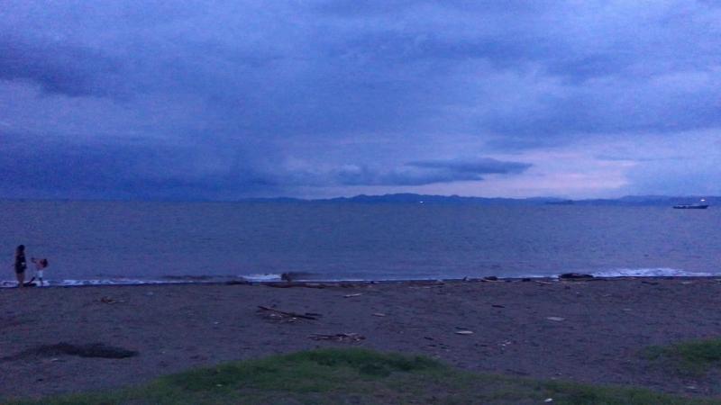 Вечерний пляж Пунтаренаса