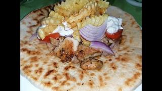 Гирос из куриного мясо - Греческая кухня
