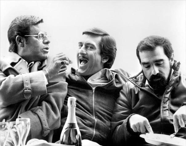 Роберт Де Ниро, Мартин Скорсезе и Джерри Льюис обедают в перерыве между съёмок «Короля комедии», 1982 год