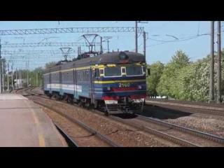 Электропоезда ЭР2-1293 и 1294 на о.п. Лиллекюла / ER2-1293 & 1294 EMU's at Lilleküla stop