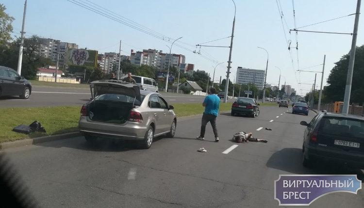 На Московской напротив кладбища сбили человека утром