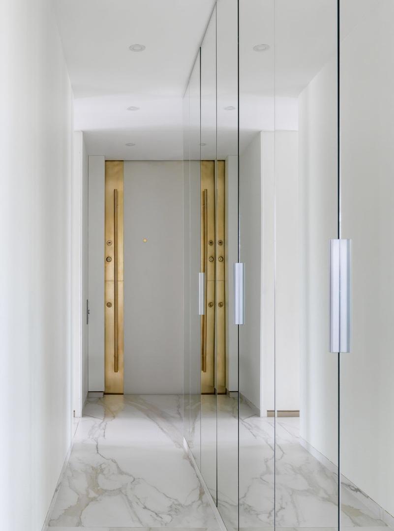 Белая квартира по проекту студии Atelier Interior, 70 м² || 02