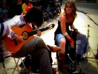 Fernando's Kitchen Street performing with the Cruz Cajon