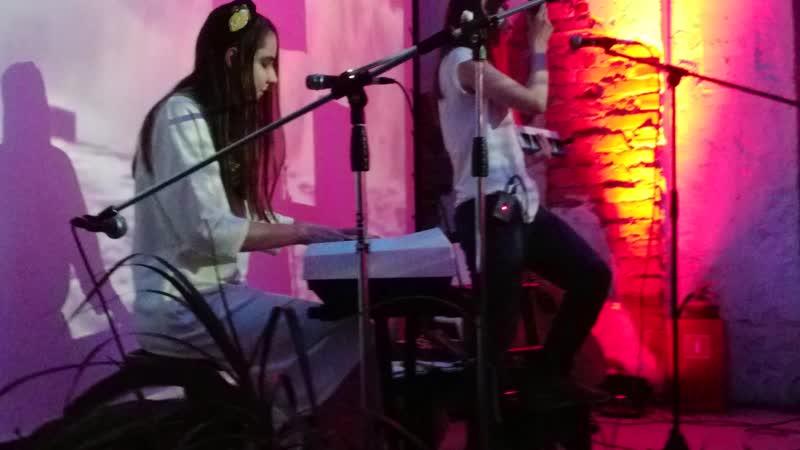 Дорогая Венди Песня про хозяина ключей Bregan D'Ert cover live@SeaFever2019