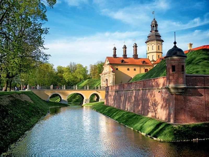 Интересные места нашей планеты Несвижский замок (Беларусь), изображение №1