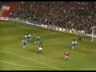 Manchester United v Rotor Volograd 2 2 1995 96