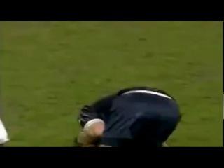 Самый жестокий фол за всю историю футбола
