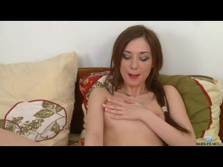 Julie Vee - New Experiences (2014) HD
