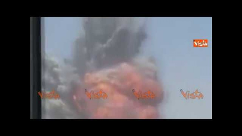 La spaventosa onda d'urto della superbomba MOAB