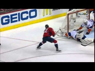 Gotta See It  Islanders allow Kuznetsov into slot   he makes them pay