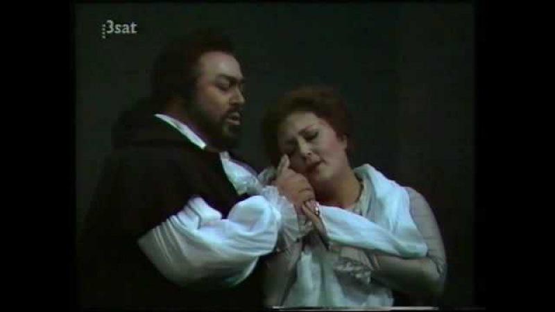 ANNA TOMOWA SINTOW Teco io sto from Ballo in Maschera