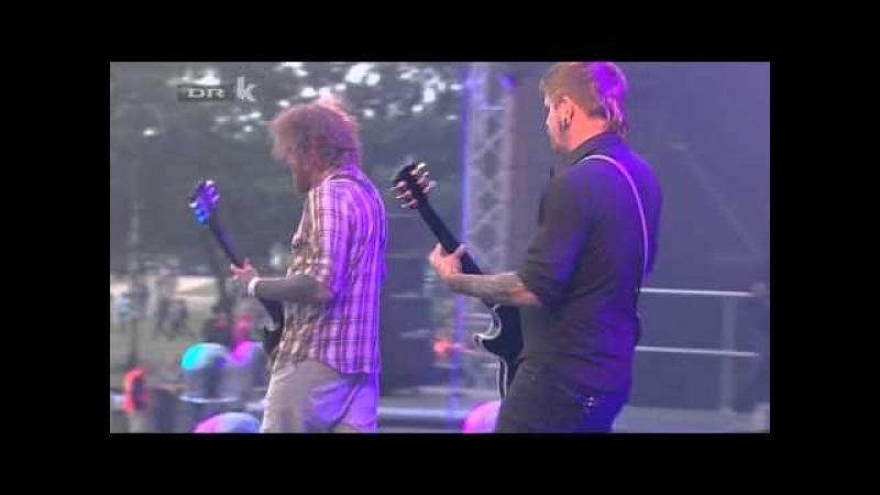 Mastodon - Blood and Thunder (Live Roskilde Festival 2011)