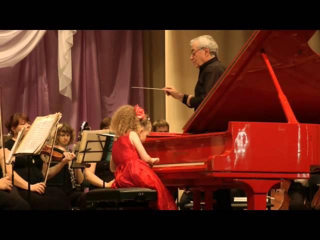 Varvara Kutuzova 9yo Мozart Concerto №12 A-dur P1 ЦМШ 2класс