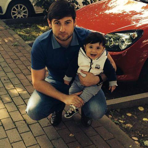 азамат биштов и его семья фото азия