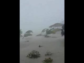 Hurricane Joaquin conditions in Crooked Island, Bahamas   Oct 1, 2015