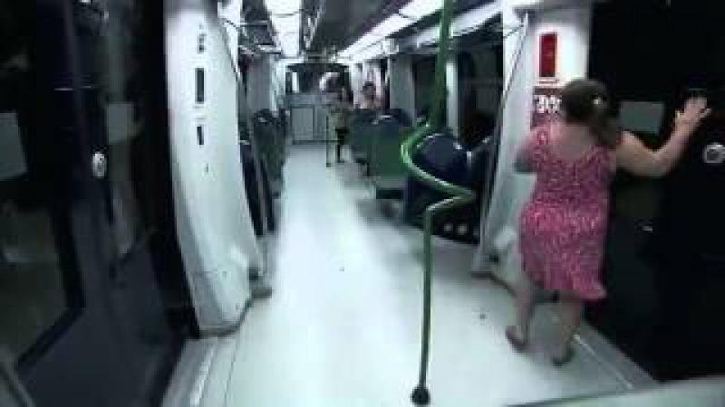 Metroda Zombi 1 Aprel Zarafati 2015