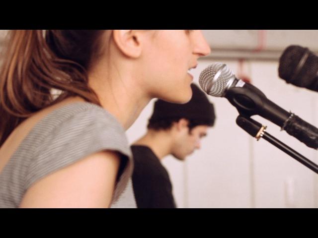 Giselle rosselli Gnawa Runner Live @ Dalston Studios
