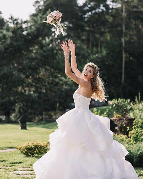 свадебное платье веры брежневой фото несчастных