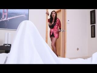 [MilfsLikeItBig / Brazzers] Ariella Ferrera (2017) [Big Tits Worship, Brunette, Cheating, Colombian, Feet, Latina, MILF]