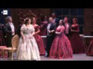 """""""La Traviata"""" vuelve al Municipal de Santiago tras un siglo de ausencia"""