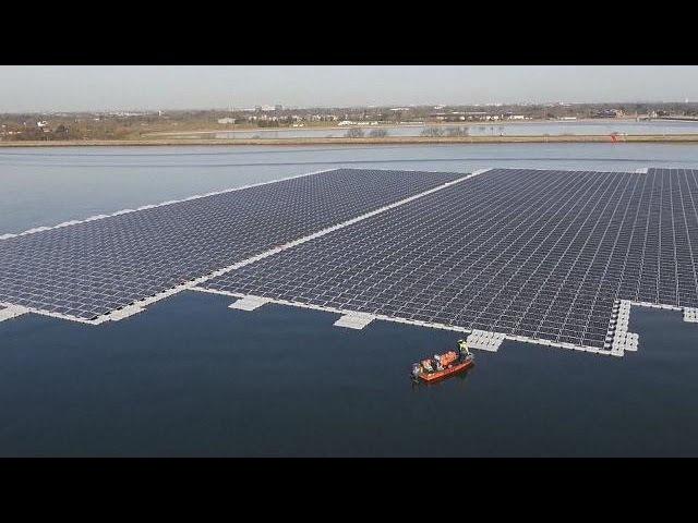 Les panneaux solaires se mettent à l'eau - science