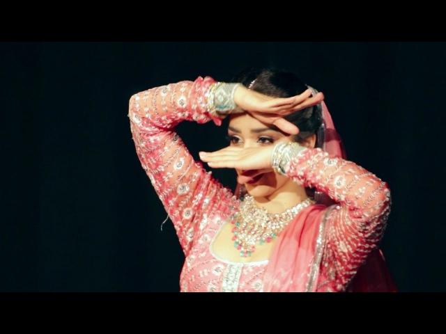In Aankhon Ki Masti Ke | Umrao Jaan 1981 | Svetlana Tulasis Classic Bollywood Mujra