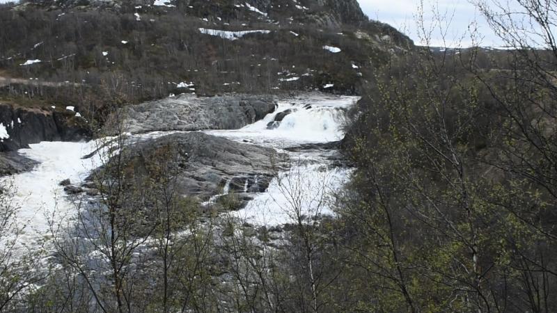 Водопад на Титовке 26 мая