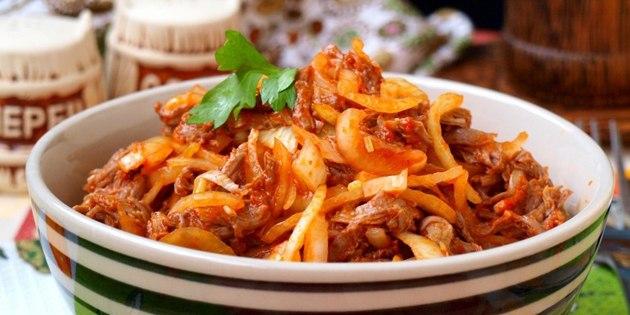 10 салатов для тех, кто любит мясо, изображение №1