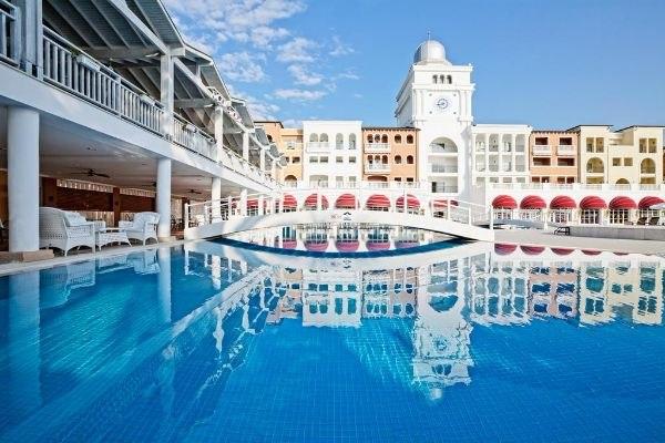 Отели Турции с подогреваемыми открытыми бассейнами, изображение №16