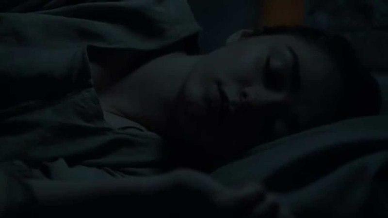 Arya juega con Jaqen H'ghar Juego de Tronos Español HD