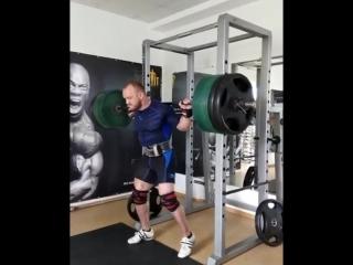 Аркадий Шалоха присед 305 кг на 3