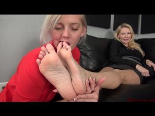 Sexy blond feet