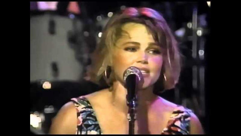 Belinda Carlisle Head Over Heels Live at the Roxy '86