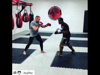 Тренировка Пола Брэдли перед боем с Александром Шлеменко
