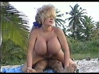 Tit roulette wZena Fulsom Minka Wendy Whoppers Letha Weapons Kayla Kleevage
