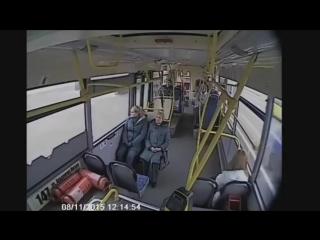 Ваня Воробей -Дураки на дороге!