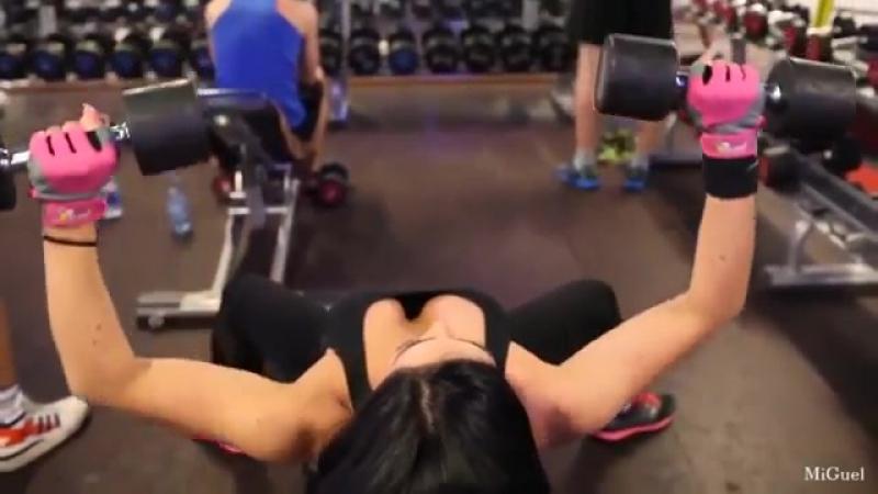 08 Strong vs Skinny Girls Fitness Motivation FitABS medium mp4