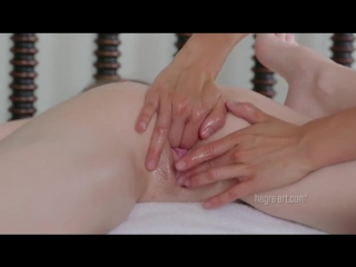 Emily bloom - двойной оргазм во время массажа