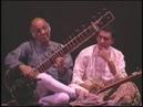 устазы Вилаят Хан, Шуджаат Хан и Закир Хусейн - рааг Бхайрави (1997ver.)