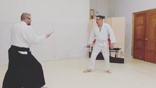 """Алексей Лобзов on Instagram: """"Немного свободного спарринга на резиновых ножах.  Knife vs. knife freestyle training.  #selfdefense  #секцияайкидо  #..."""