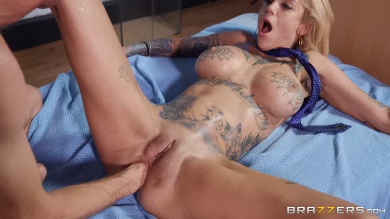 Big Tit Blonde Lesbian Strapon