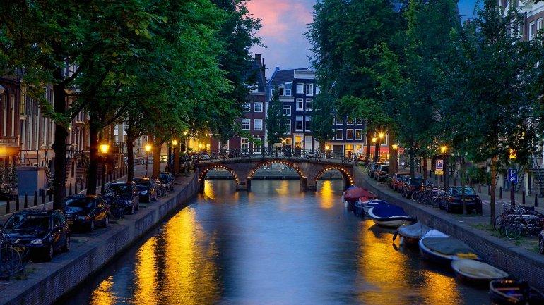 Амстердам. Каналы северной Венеции, изображение №7
