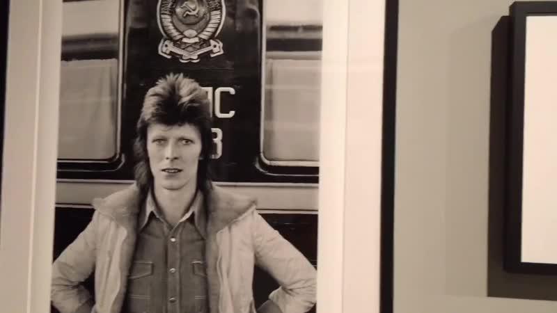 Выставка Джеффа Маккормака посвященная путешествию Дэвида Боуи по СССР