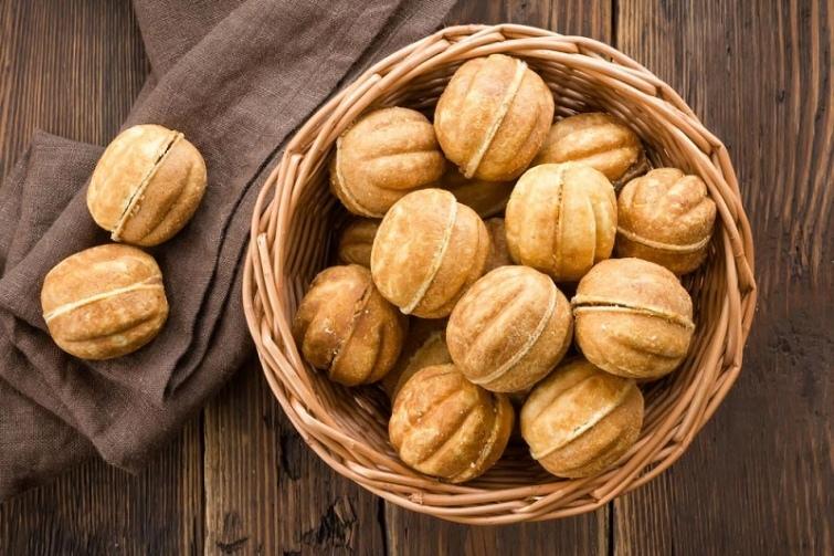 Пирожное «картошка», «орешки» со сгущёнкой и другие сладости родом из СССР, изображение №2