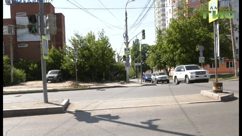 Работу светофора на перекрестке Губанова и Солнечной в Самаре скорректируют